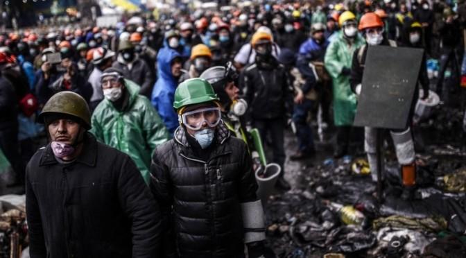Ukrainian working people caught between oligarchs & fascists