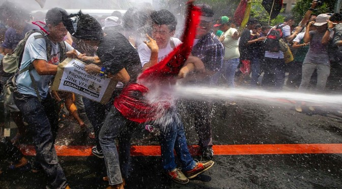 Filipino antiwar movement protests Obama's visit & US plans to militarize the Philippines