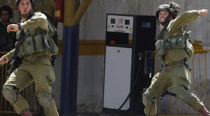"Scarlett Johansson the ""face of apartheid"""