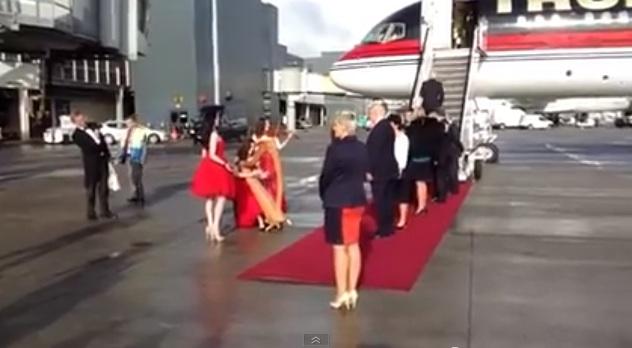 Eamon Delaney plays leprechaun for Donald Trump in Ireland