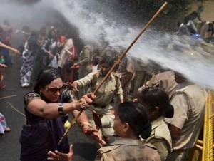 Uttar Pradesh rape protest Jun3 5 2014