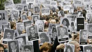 1994 AMIA bombing mark the anniversary of the attack in 2006. (photo credit- AP:Natacha Pisarenko)  Feb 20 2015