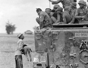Vietnam War child killed (Horst Faas:AP) Apr 28 2015