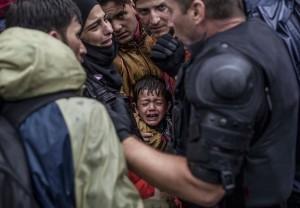 Distressed Syrian boy (Manu Brabo:AP) Sept 28  2015