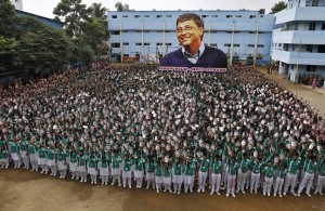 Bill Gates worship in India (Reuters) Oct 28 2015