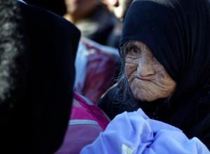 Refugee at Serbian border (AP Photo:Darko Vojinovic) Nov 17 2015