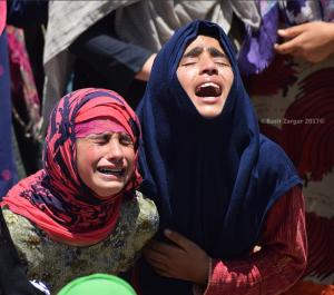 Grieving Kashmiri girls (Basit Zargar) June 23 2017