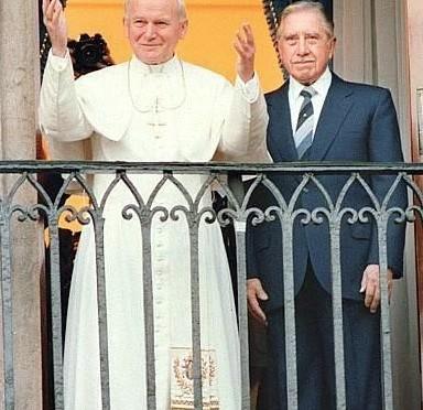 Pope John Paul II & Pinochet