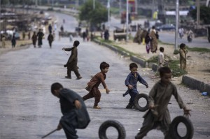 Children in Islamabad, Pakistan August 14 2014 (M. Muheisen:AP)