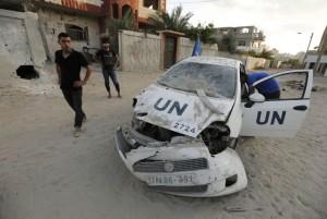 Gaza - UN vehicle July 30 2104