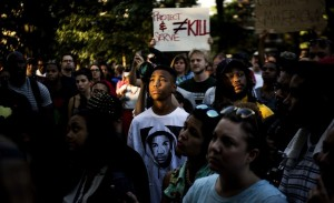 Wash. DC rally:solidarity with Ferguson (Gabriella Demczuk:NYT)