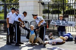 Antiwar protest at White House (J. Scott Applewhite:AP) Sept 24 2014