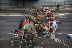 Hong Kong barricade (Kevin Frayer:Getty Images) Nov 14 2014