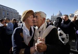 Tango couple (Gregorio Borgia:AP) Dec 17 2014