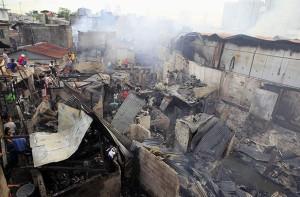 PANAY slum fire (Reuters) Feb 17 2015