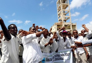 Somalia protest (Feisal Omar:Reuters) Mar 17 2015