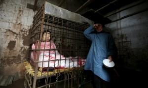 Cina mental ill man (William Hong:Reuters) May 10 2015