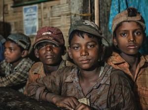 Bangladesh child ship breakers (Mike Hettwer) June 2015