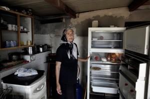 Greek pensioner (EPA:YANNIS KOLESIDIS) July 15 2015