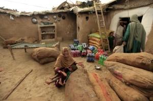 Pakistan destroying slums (REUTERS:Faisal Mahmood) July 31 2015