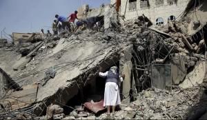 Sanaa, Yemen rubble (Hani Mohammed:AP) Sept 23 2015