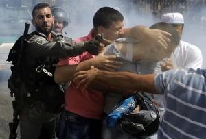 Pepper spray at al-Aqsa (Ammar Awad:Reuters) Oct 5 2015
