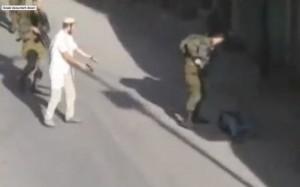 Settler shooting Palestinian (REUTERS:REUTERS TV)  Oct 18 2015