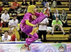 Iranian woman in hijab (Tatan Syuflana:AP) Nov 16 2015