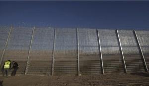Israeli wall on Jordan border ( EPA:ATEF SAFADI) Feb 11 2016
