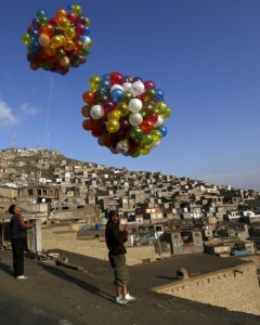 Baloons in Kabul (Mohammad Ismail:Reuters) Mar 21 2016