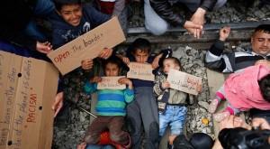 Chilren on tracks (Stoyan Nenov:Reuters)