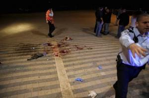 Jaffa stabbing scene ((REUTERS:Amir Cohen) Mar 9 2016