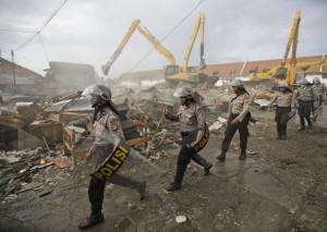 Jakarta, Indonesia evictions (Dita Alangkara:AP) Apr 12 2016