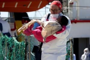 Refugees in Sicily (Antonio Parrinello:Reuters) Apr 27 2016