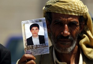 Yemeni protester ( (YAHYA ARHAB: EPA) Apr 27 2016
