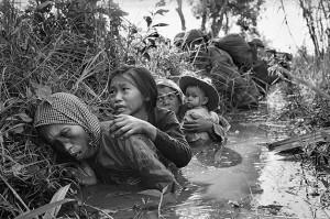 Jan 1966 VN civilians (Horst Faas:AP) May 16 2016