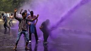Purple rain in Srinagar 2015 (REUTERS:Danish Ismail) May 25 2016
