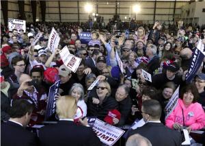 Drumpf crowd (The Atlantic) Aug 11 2016