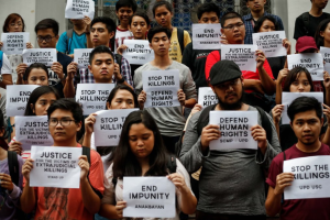 Filipino students protest drug murders. EPA:MARK R. CRISTINO--Aug 12 2016