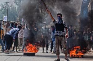 Kashmir protest (Yawar Nazir—Getty Images:Time) Aug 6 2016