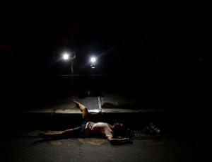 Victim of vigilantes in Manila (REUTERS:Damir Sagolj ) Oct 25 2016