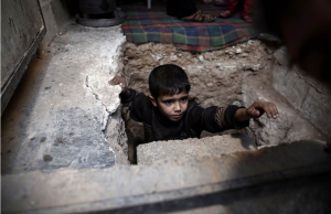 Abu Omar's shelter in Douma (SAMEER AL-DOUMY : AFP - Getty Images) Oct 31 2016