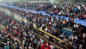 Train in Bangladesh (Photo by Pavel Rahman:AP) Nov 17 2016