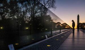 Vietnam memorial (J. David Ake :AP) Nov 16 2016