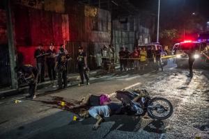 Filipino victims of drug squads (DANIEL BEREHULAK ) Dec 9 2016