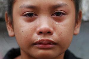 Kasandra Kate (child of ejk victim) (REUTERS:Damir Sagolj) Dec 31 2016