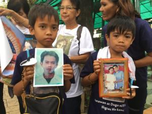 Philippines drug war orphans (Phelim Kine:HRW) Mar 2 2017