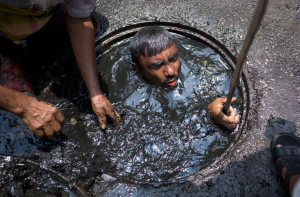 Dhaka seer worker ((Photo by Zakir Chowdhury:Barcroft) May 5 2017