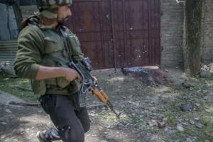 Indian soldier at Tral encounter  (Photo:Dar Yasin:AP) May 28 2017