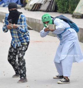 Srinagar protests logs of wood like a gun May 19th (Basit Zargar) May 22 2017